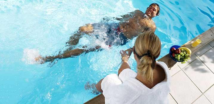 billige sommerhuse med pool