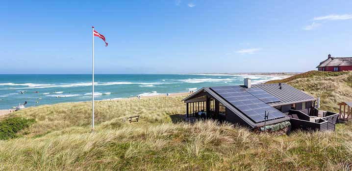 Cosy holiday home with a view of the North Sea