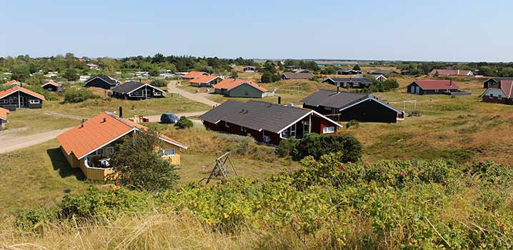 Stay in a holiday home and relax in the beautiful nature of Fanø
